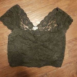 Lace Olive Croptop